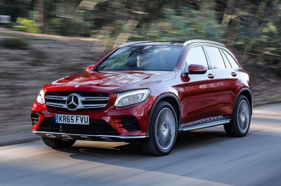 Mercedes-Benz Poised to Topple BMW as World's Luxury Car King