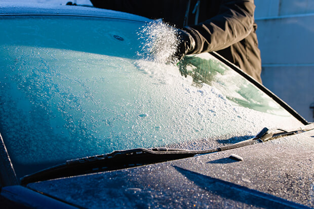 Here are some top tips on how to defrost your car safely