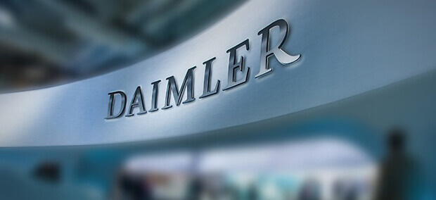 Daimler shares fall in light of new report about software device in Mercedes cars