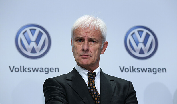 "Volkswagen boss attacks Tesla Motors for ""barely selling 80,000 cars a year"""