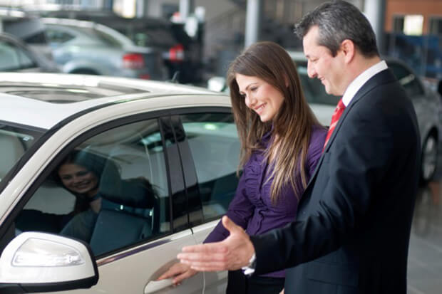 Advantages of buying from a dealership