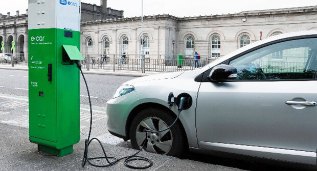 Only 8,000 electric cars to be on Irish roads by 2020