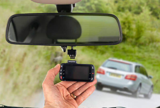 Irish motorists offered discount on their insurance if they install a dash cam
