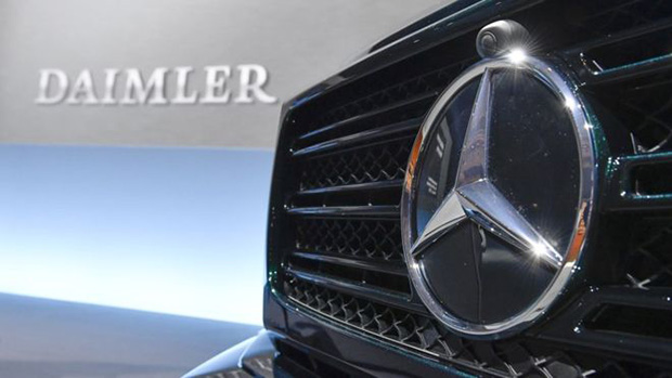 Daimler to recall 60,000 Mercedes