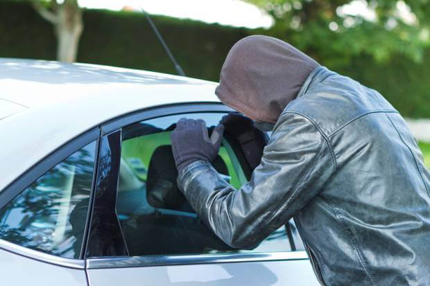 Christmas shoppers warned not to leave valuables in their cars